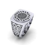 Δαχτυλίδι σεβαλιέ 4 / Ασημένιο, χειροποίητο, δίχρωμο, λευκό μαύρο, με μαίανδρο και ένθετο το Δίσκο τής Φαιστού