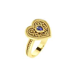 Βυζαντινό Δαχτυλίδι 6 σε σχήμα καρδιάς / Ασημένιο, χειροποίητο, δίχρωμο, κίτρινο - μαύρο με πατίνα και μία συνθετική πέτρα