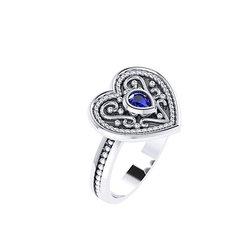 Βυζαντινό Δαχτυλίδι 6 σε σχήμα καρδιάς / Ασημένιο, χειροποίητο, δίχρωμο, λευκό - μαύρο με πατίνα και μία συνθετική πέτρα