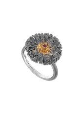 γυναικείο δαχτυλίδι, με ανάγλυφη επιφάνεια, εμπνευσμένο από αρχαϊκά κοσμήματα. σε ασήμι 925', επενδεδυμένο με χρυσό 18 καρατίων και ένα ρουμπίνι 0,03 ct / 2DA0235